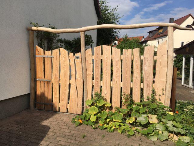 Oliver Franke Naturgärten - Gartentor Robinienholz